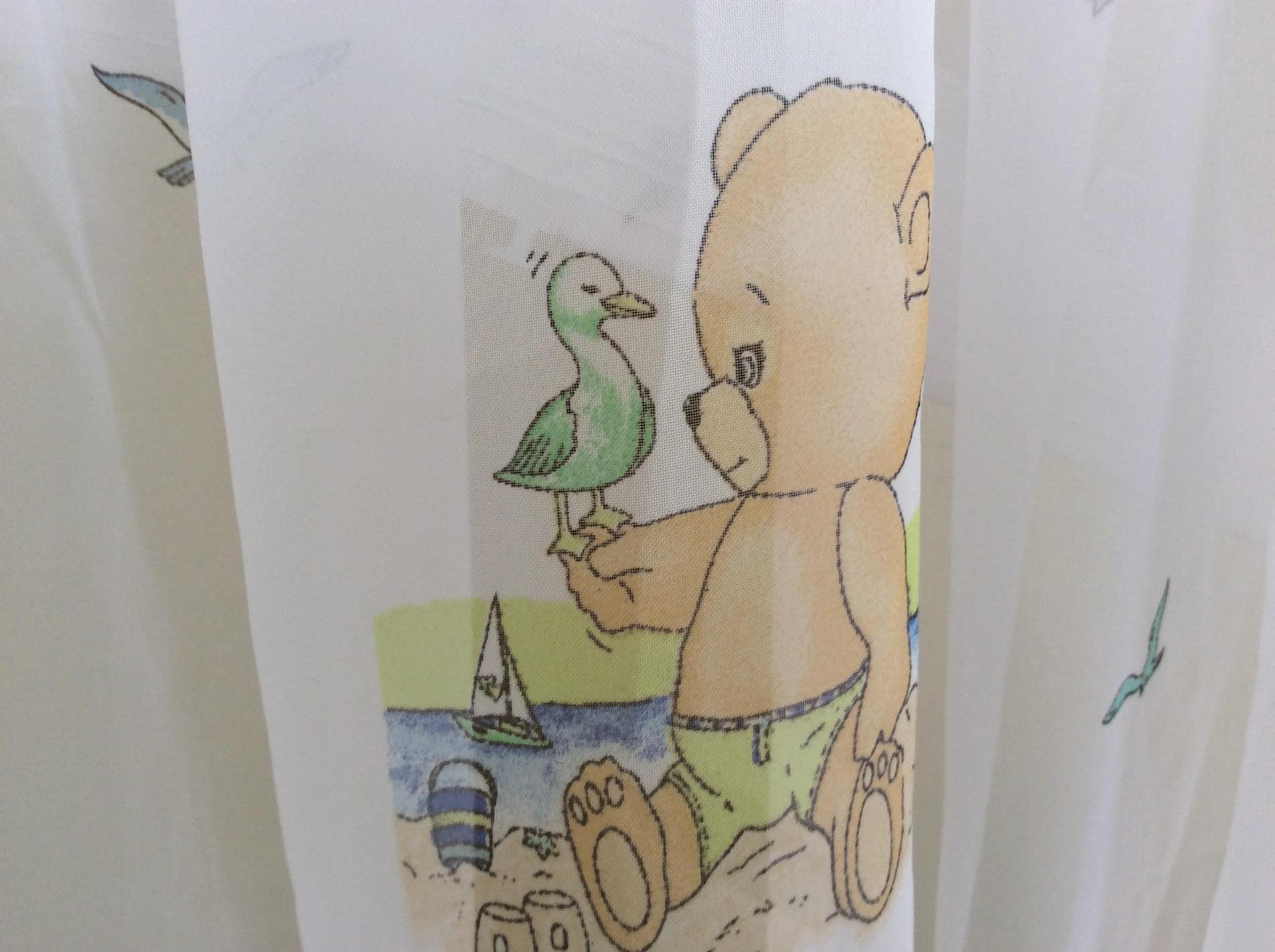 Voilage ours brun a la plage pour chambre enfant L160H170