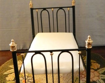 "Artisan Made Barbie 1:6 Scale Wrought Iron Look Bed ""Annie"""