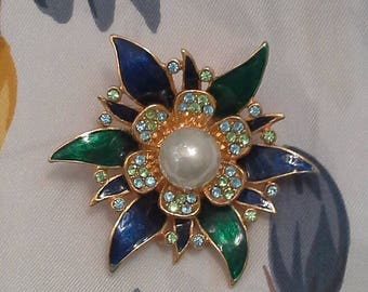 Vintage Floral Brooch. Pearl and Swarovski crystal brooch. 18 k gold-plated brooch. Enamel Brooch