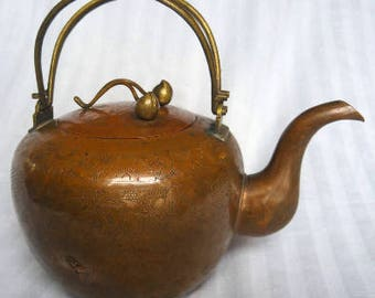 1900s TEAPOT Bronze Chinese Storyteller Cherries on Lid