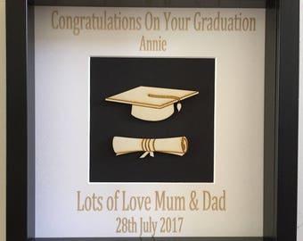 Personalised Graduation Gift Mortar Board & Scroll Plaque Frame - Graduate Keepsake Gift -
