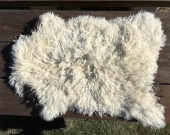 Genuine Sheepskin Rug from Bosnia / 87