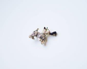 Vintage Brooch / Vintage Silver Dog with Shoe Pin / Silver Pin / Dog Brooch / Scottie Dog Brooch / Vintage Scottie Dog Pin Brooch Silver