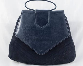 1930s Art Deco Navy Blue Leather and Suede Handbag Purse with Chevron Detailing and Internal Change Purse