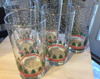 Set of 4 Arby's Christmas Snowy Trees Glasses