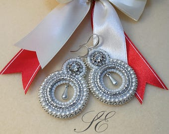White pearls earrings, bead embroidery earrings-white earrings with pearls and rhinestones.