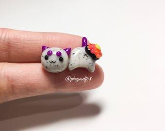 Cute Cat earrings and salmon roe sushi