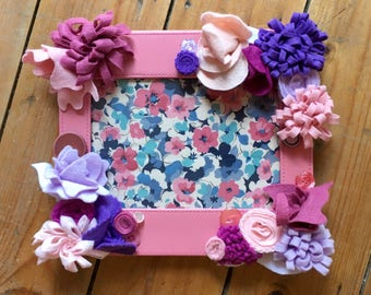 Pink Leatherette Frame, Photoframe, Felt Flowers, Photo Frame, Floral, Girls Room, Special Gift, Birthday, New Home
