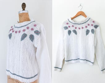 1980's Vintage White Pullover Knit Sweater // Boxy Embroidered Rosebud Mock Neck Sweater