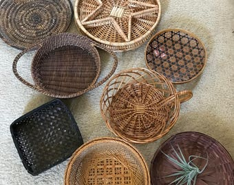 Wall basket collection with vintage baskets 8 set