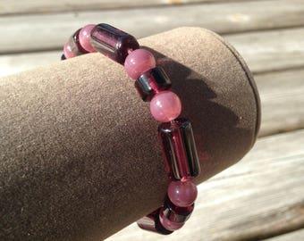 Lilac glass beaded stretchy bracelet