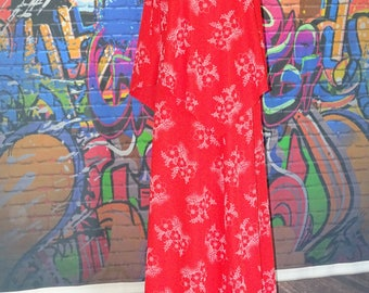 Gorgeous unusual vintage 1960/70's red maxi, boho, festival, dress with attached front and back cape with white floral pattern design