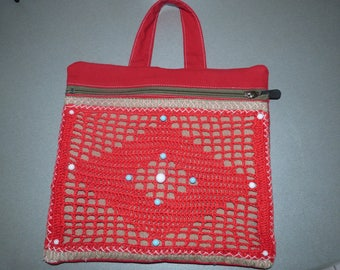 A make-up bag practical