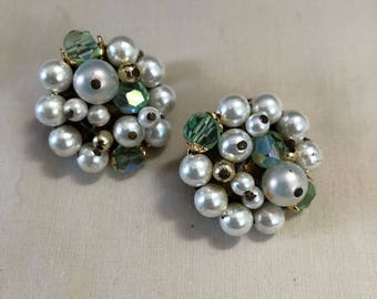 Vintage Pearl and Green Bead Clip On Earrings