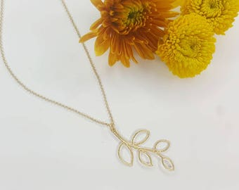 Gold Branch Necklace - Leaf Necklace - Natural - Nature - Valentine's Day Gift- Valentine's Day