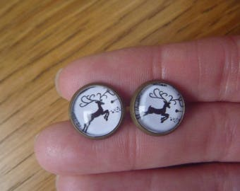 Black deer cabochon earrings