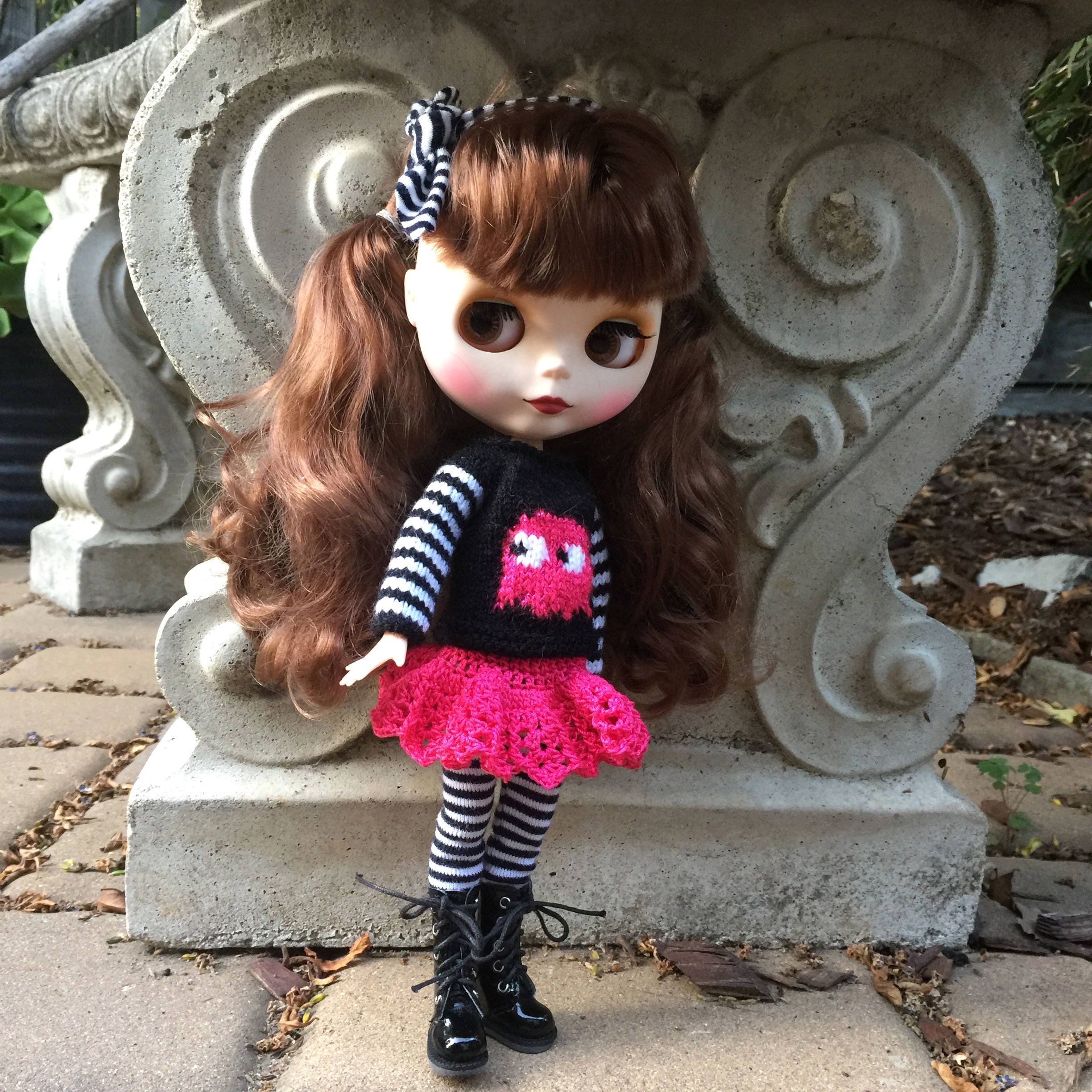 pink ghost blythe outfit halloween doll costume video game ghost sweater retro doll