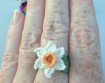 Crochet Daffodil Ring
