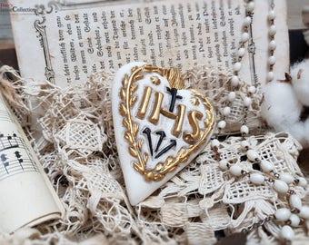 "German wax heart with golden inscription ""IHS ~ german folk art ~ sacral wax art ~ religious decoration ~ hw3963go"