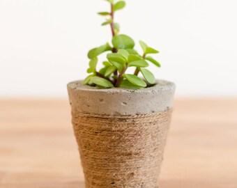 Concrete Planter with braided rope, Concrete Planter, Cement Planter, Succulent Planter, Gift idea, Wedding favor, Wedding planter