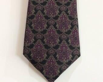 Vintage Necktie Don Loper Tie Italian Silk Beverly Hills Purple Design Black Background 3 1/2 inch wide 55 inches long Wedding Business