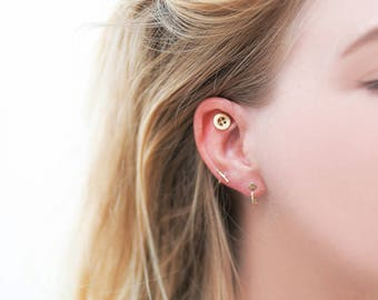 BUTTON - earring 14k gold