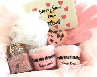 Love Gift-6 products & Gift card!