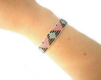 Woven beaded bracelet
