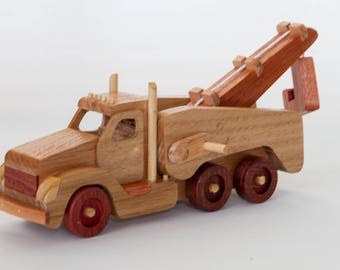 Handmade wooden heavy recovery tow truck
