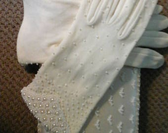 Clutchbag cream beaded purse with matching beaded gloves