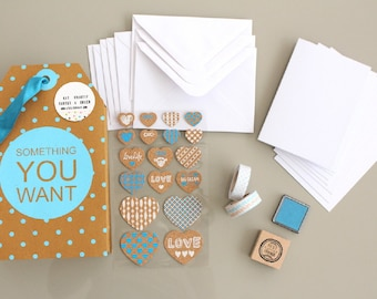 Kit Kit creative cards to create your FRIENDS look