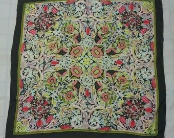 Vintage Scarves/Scarf,Beautiful Floral Scarf,Full Flower Print Design, Silk Scarf.