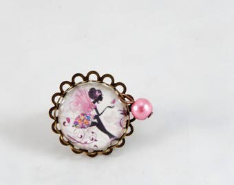 Bague réglable cabochon motif fée rose papillons