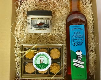 Maple Maple Maple: Gift Box with 500ml bottle of Pure Vermont Maple Syrup, 8 oz jar of Maple Cream and a 6 Piece Box of Maple  Candy
