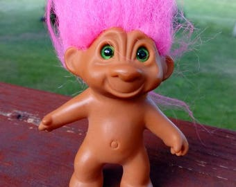 1980s Treasure Troll, pink hair, green eyes