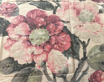 Gorgeous 1950's floral fabric/huge heads of florals/reclaimed curtain