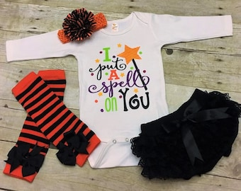 I Put A Spell On You, Baby Girl Halloween Outfit, Coming Home Outfit, Girls Fall Outfit, Baby Shower Gift, Halloween Baby, Newborn Halloween