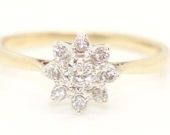 Vintage 9Ct Gold 0.2 CTW Diamond Daisy Cluster Ring, Size O