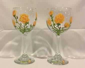 Yellow Rose Wine Glasses, Painted Wine Glass, Rose Wine Glass, Kitchen, Drinkware, Barware, Home Decor, Gift