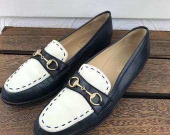 GUCCI Authentic Two Tone Loafers Flats Navy White Horsebit Size 38.5
