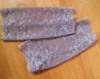 Gloves, beige, lace, gr. S/meter