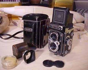 Yashica Mat - 124 twin Lens Reflex Camera
