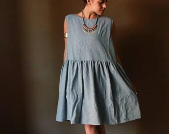 One size dress, sleeveless dress, ruffled dress, low waist dress