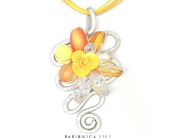 Divine yellow »rose« Necklace