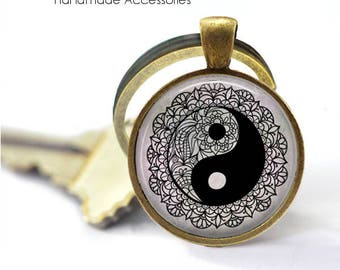 YIN YANG Key Ring • Balance • Peace • Yin Yang Mandala • Black and White • Harmony • Zen • Gift Under 20 • Made in Australia (K527)