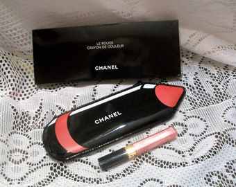 Chanel pencil cosmetic case black pink