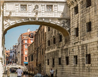 Italy. Italian, photography, pictures, Venice, Sigh Bridge