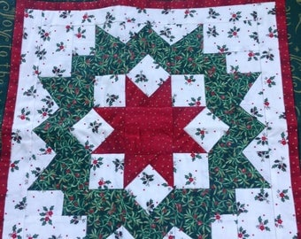 Christmas Wall Hanging, Holiday Quilted Star,
