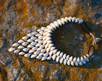 African Necklace,Vintage statement Cowrie Shell Necklace, Cowrie shell jewelry