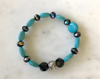 Beaded Bracelet, Turquoise Round Natural Stone Beads, Facetted Black Iridescent Glass Beads, Silver Spacer, BBr102
